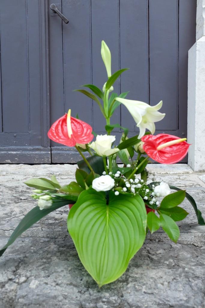 DIY Savoie Flower Arrangement